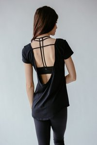 [해외배송][몬티엘]Montiel OLIVIA OPEN BACK TEE IN BLACK